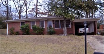 917 Glen Oaks Drive, Fairfield, AL