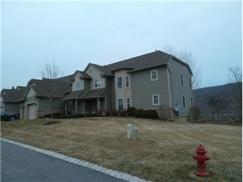 11 Cornwall Ct, Hardyston, NJ