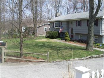 126 Highland Lakes Rd, Highland Lakes, NJ