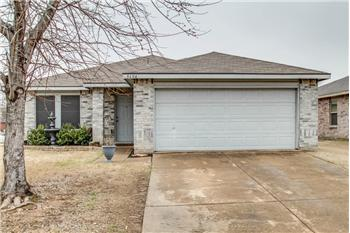 8604 Seven Oaks Lane, Denton, TX