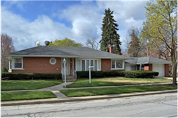 7846 Long Ave., Morton Grove, IL