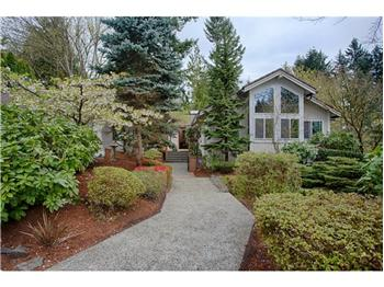 618 175th Place NE, Bellevue, WA