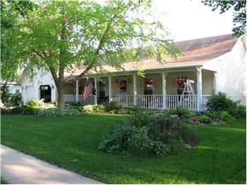 570 Riverview Drive, Marshall, WI
