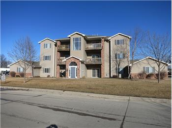 2664  Triple Crown Ln Apt. 6, Iowa City, IA