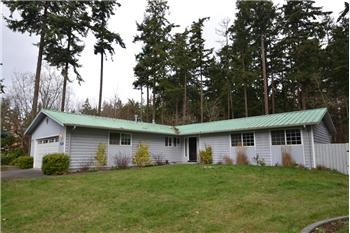 828 SW 13th Ave, Oak Harbor, WA