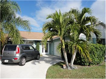 2198 SE Dolphin Road, Port Saint Lucie, FL