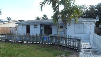 6491 Thomas St, Hollywood, FL