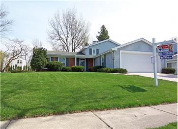 1367 Mill Creek Drive, Buffalo Grove, IL